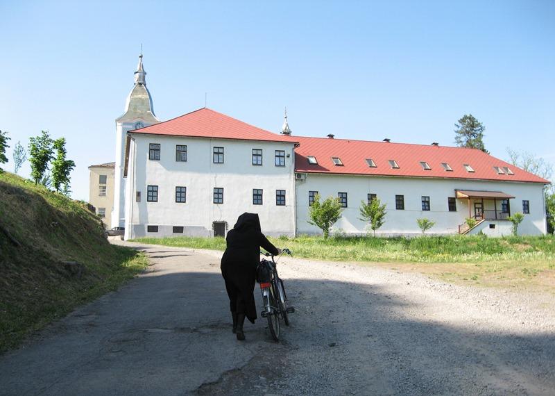 монастир1
