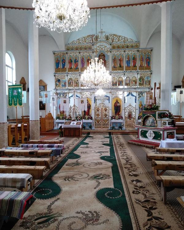 Унікальна ікона та 100-літній Гріб Господній зберігаються у церквах Золотарівського деканату на Хустщині. ФОТО